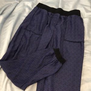 Urban outfitters comfy pants with real pockets(!)